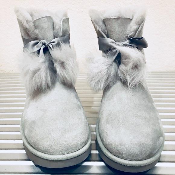 f102d571e3a UGG GITA Pom Pom Women Boots Grey Suede US 10 NIB NWT